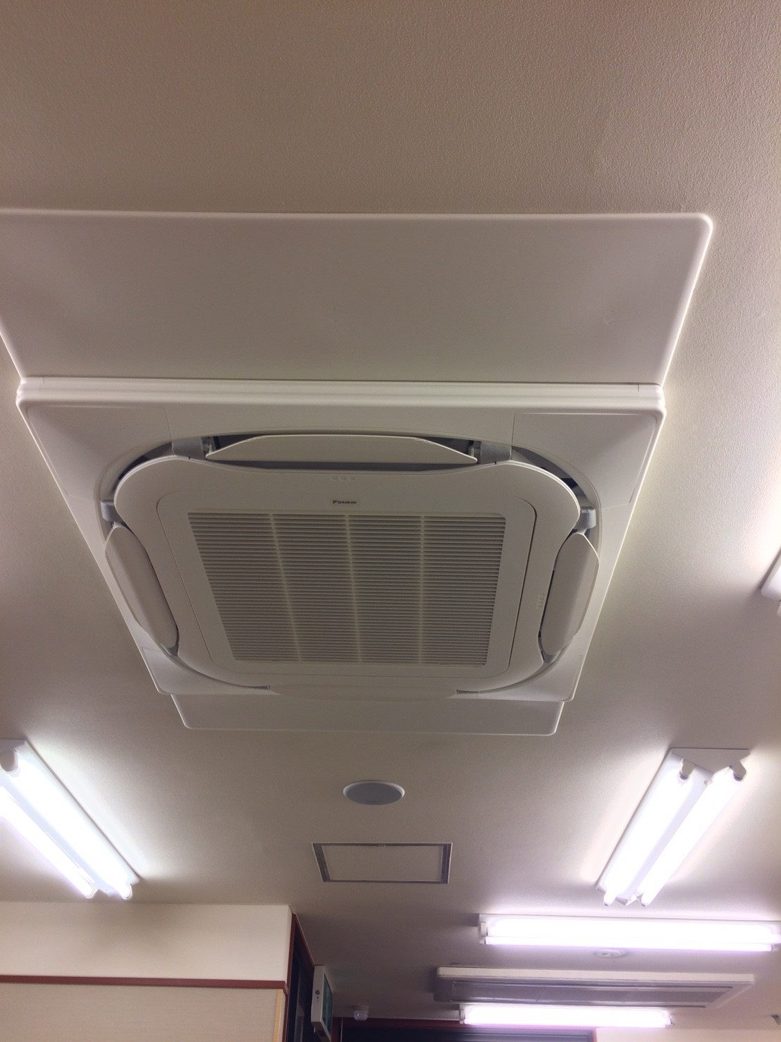 神奈川県 海老名市 某飲食店様 空調更新工事